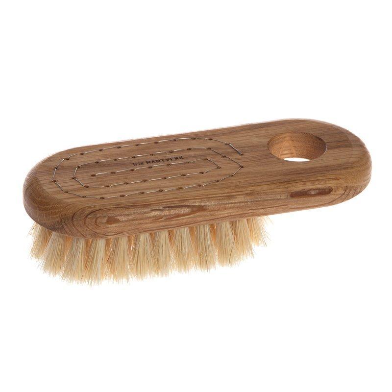 Iris Hantverk bath-brush-lovisa